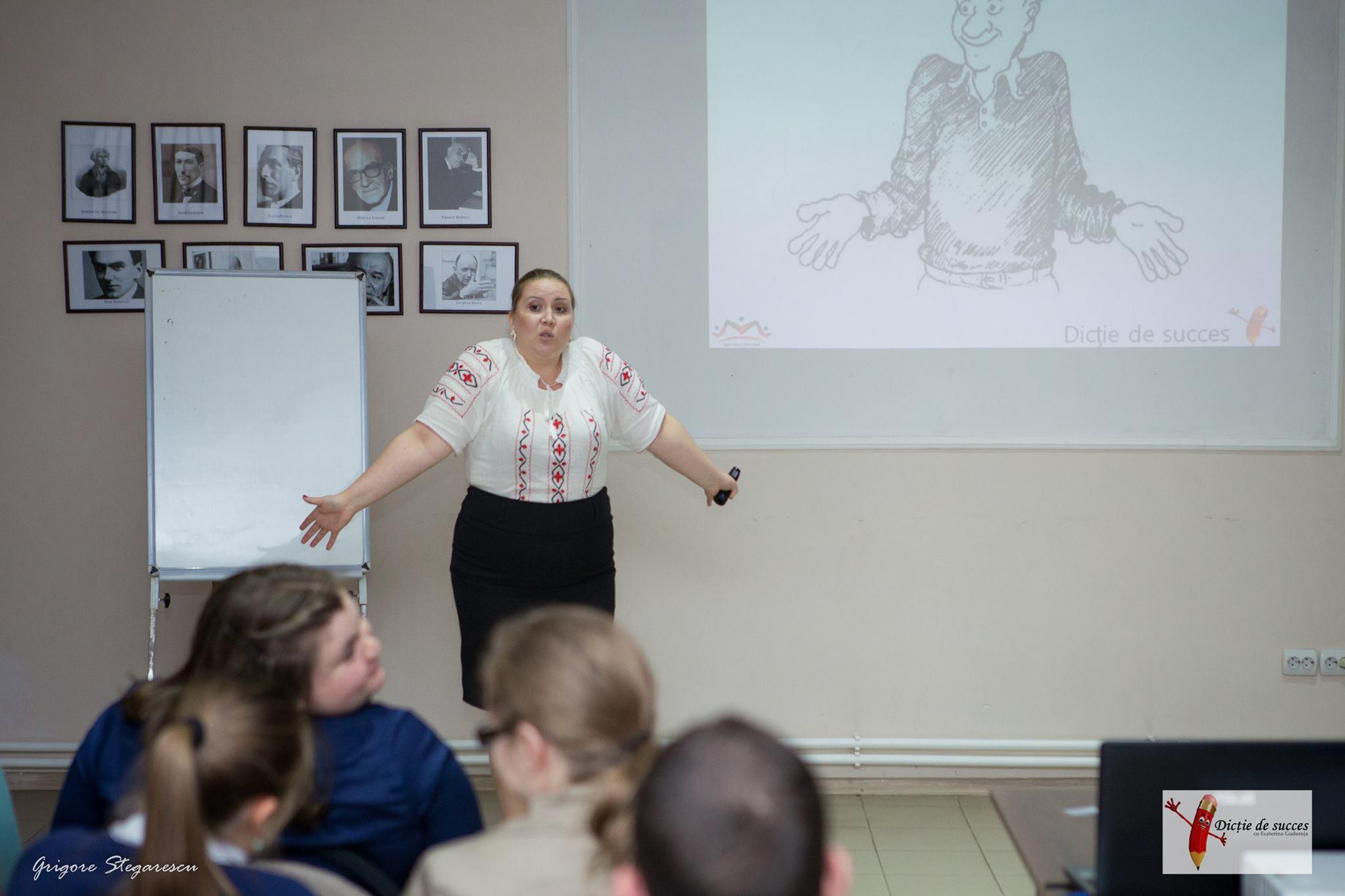 Orele de predare a dicției cu Ecaterina Godoroja